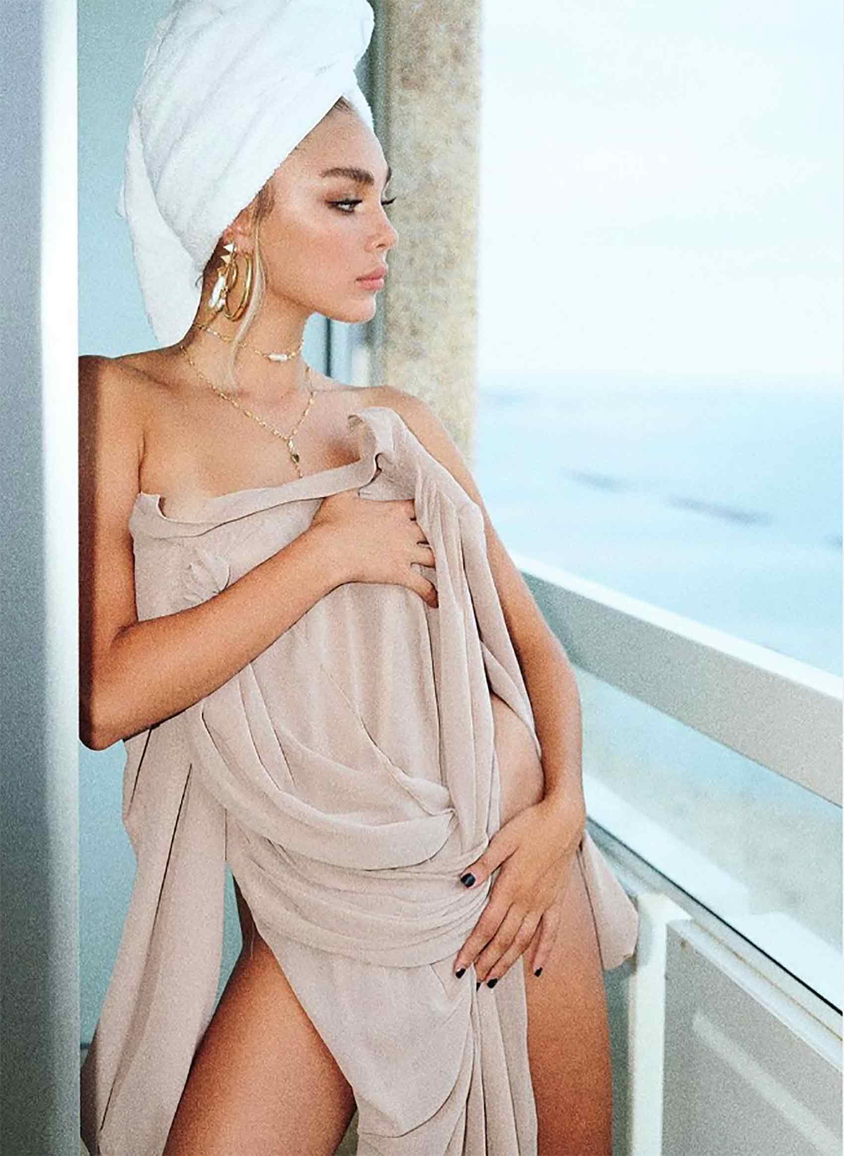 מאיה קיי-כתבות-אופנה