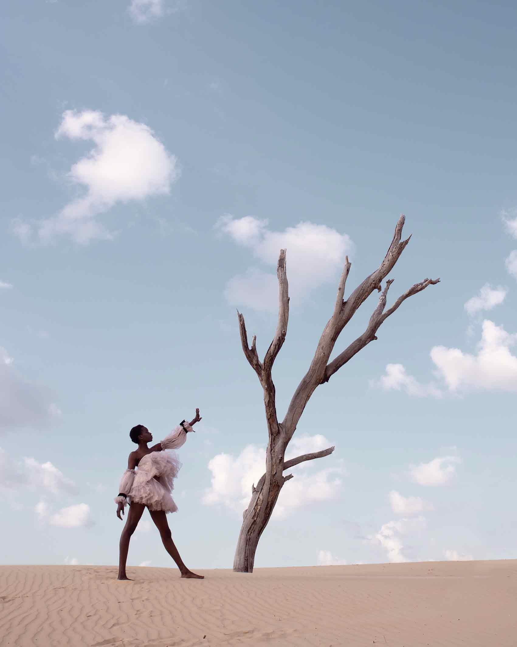 אופנה-ישראלית-Photographer: YAEL BAR, Models: RITA AUGUSTINO, POLINA RIA, Makeup: AREEG GH, Stylist: BAR FRIEDMAN, Designers: BOOBA MACHO, MONALIZABETH