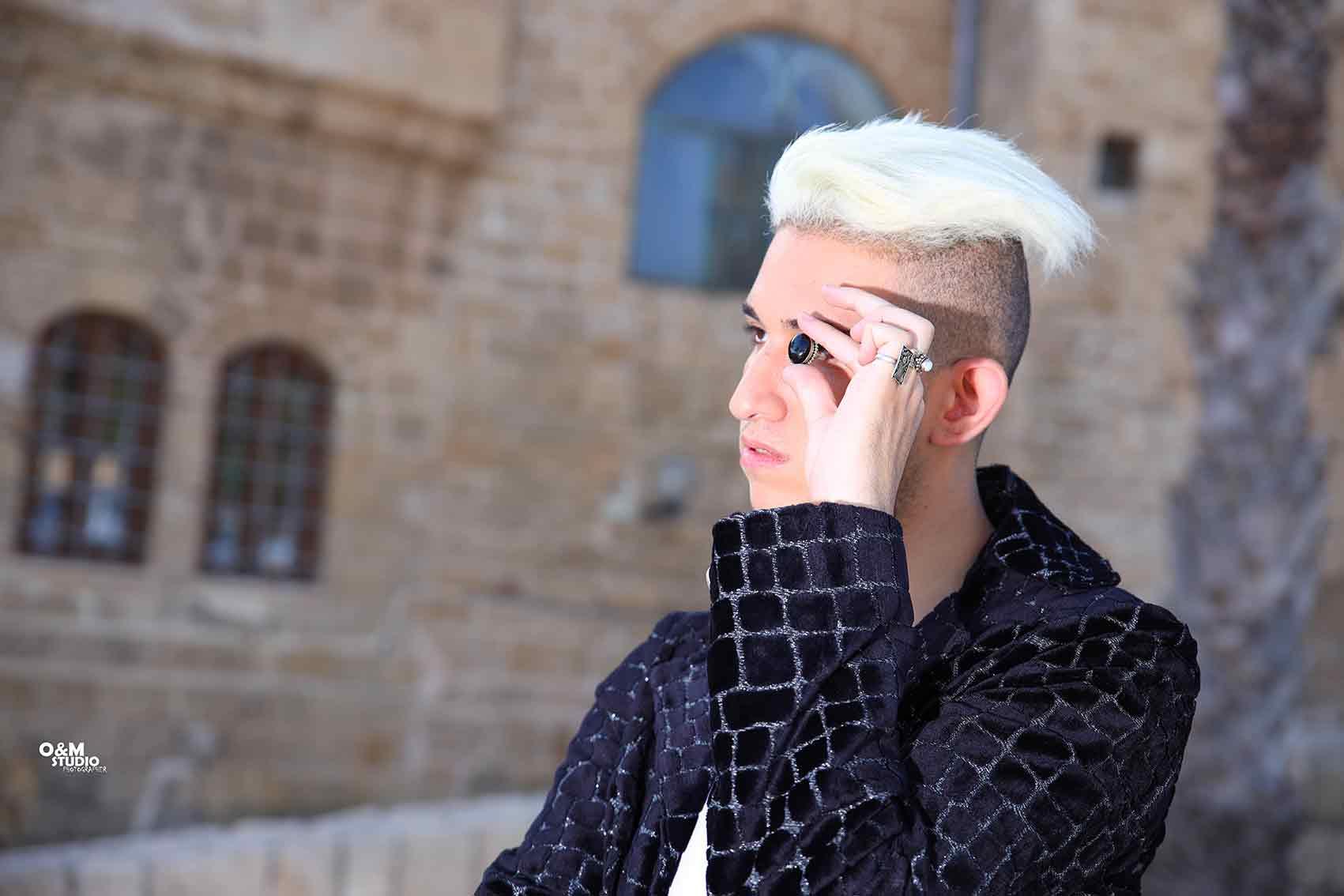 מגזיון-אופנה-צלמים: זיו אבוהי, מור שרעבי, מעצבת אופנה: עדן שלום, דוגמן: אלעד כהן, מנהלת אישית, מאפרת מעצבת שיער: דגנית כהן - מגזין אופנה ישראלי