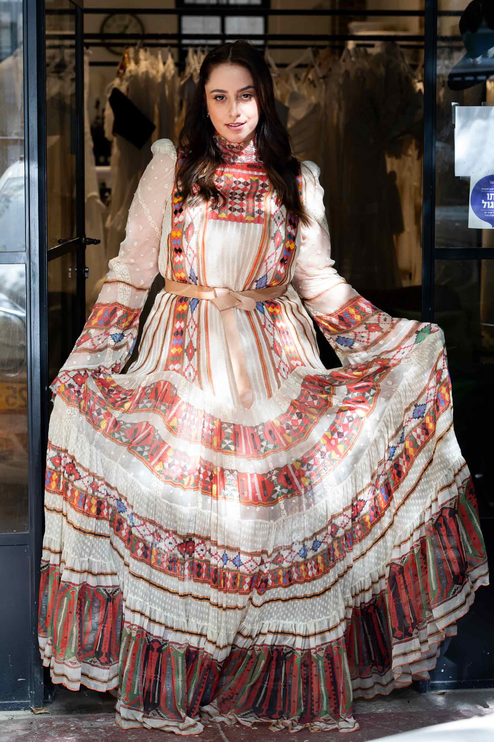 מגזין-אופנה-טלי ארבל לובשת ויוי בלאיש, צילום: שלי פדן-לורבר-מגזין-אופנה