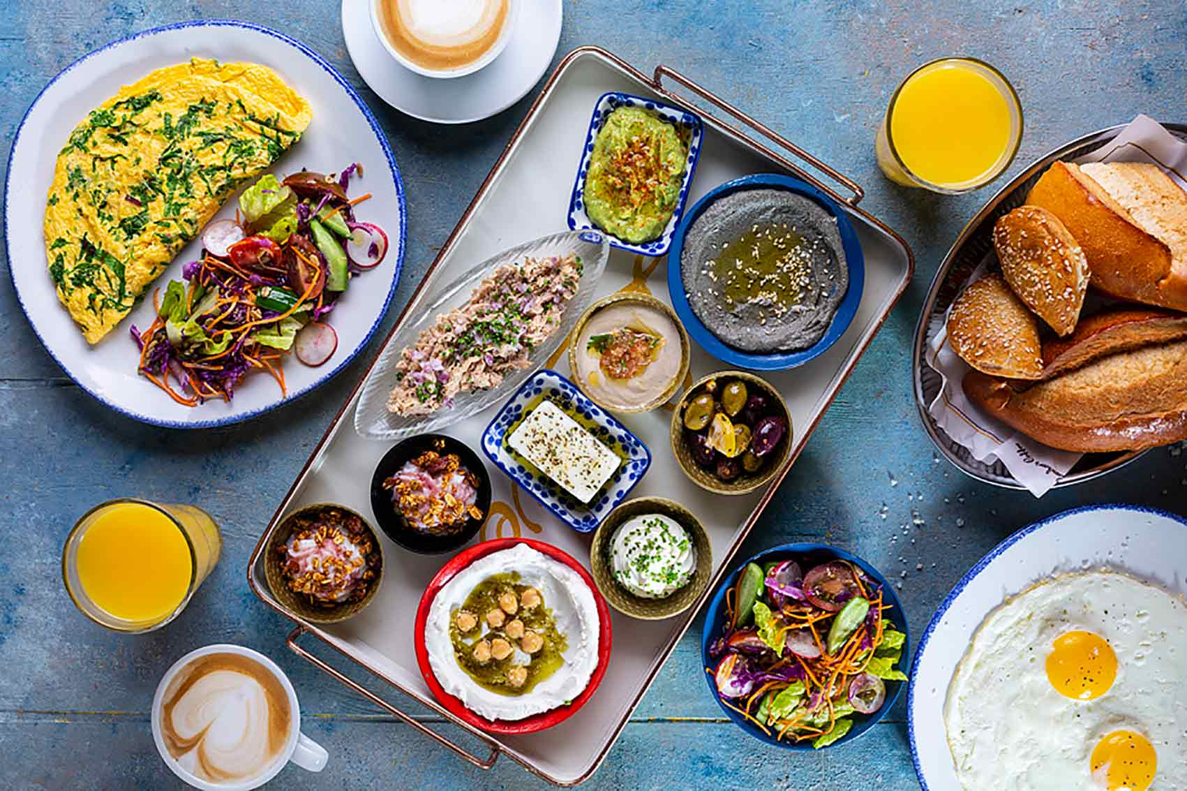 מבצע-ארוחת-בוקר-בעופר-סנטר-נוף-גליל-צלם-ג'ייסון-אוכל