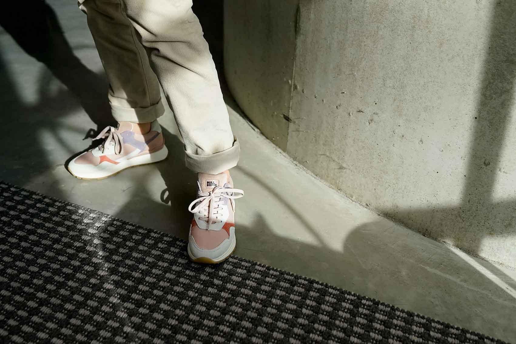 מותג-הנעליים-BULLBOXER-באתר-SHOESONLINE--קרדיט-יחצ-חול