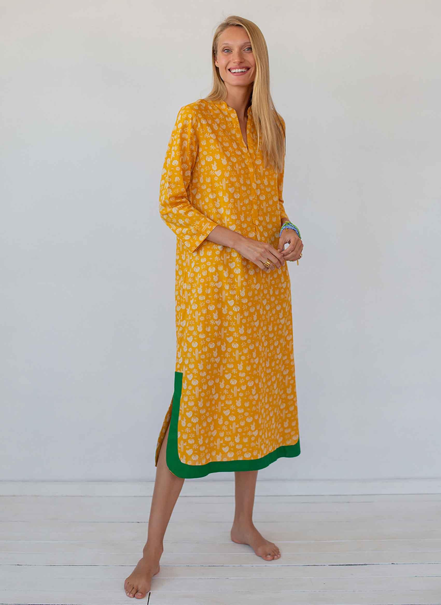 שמלת בלו מון מקסי מכותנה של המותג גלביה 790 שקל צילום עדי הלמן